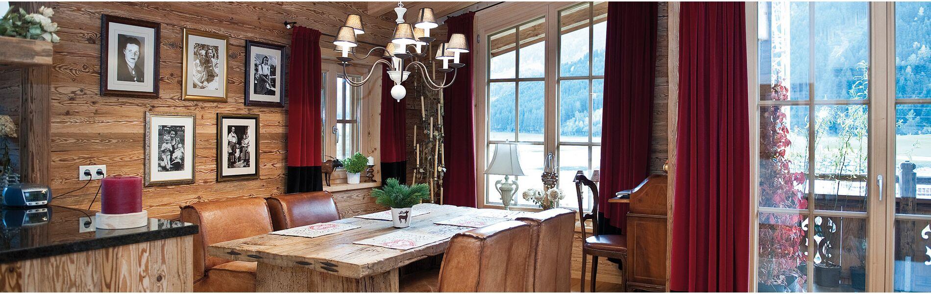 altholz bei frischeis weil holz vertrauenssache ist. Black Bedroom Furniture Sets. Home Design Ideas