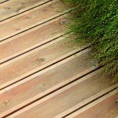 Погонажные изделия из лиственницы - палубная доска, террасная доска лиственница сибирская