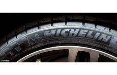 Der französische Autoreifenhersteller Michelin will in zwei Jahren die ersten Reifen aus Holz präsentieren.