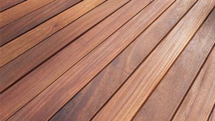 Massivholz Terrasse