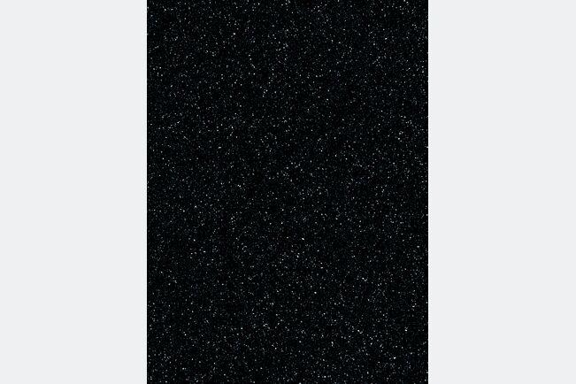 Deep Black Quartz IG