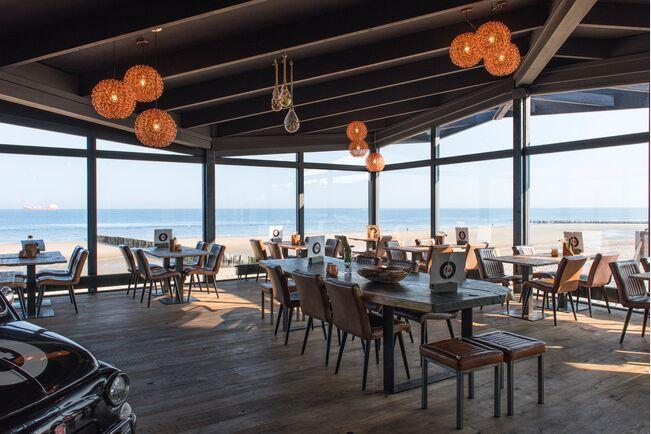 Dennebos Restaurant on the shore
