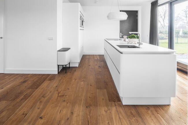 Dennebos Küchenboden