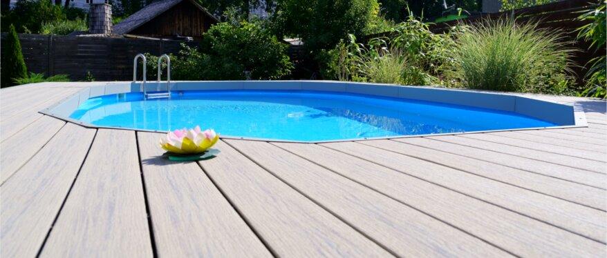 JAF Referenzprojekt - MPC (Mineral Plastic Composite) Terrassendielen um einen Pool
