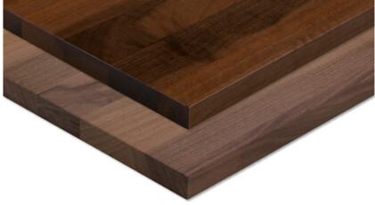 Holzoberfläche wird mit Öl, Wachs, Lack oder Lasur bearbeitet